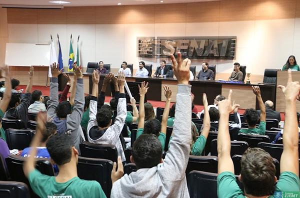Interação alunos - 2 grand Prix Senai de Inovação - Prol Móveis de Aço